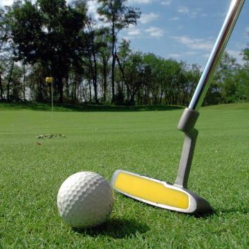 Profi golfversenyt tartanak Alcsútdobozon