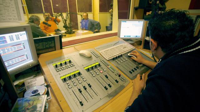 Három vidéki frekvencia pályáztatását készíti elő a médiatanács