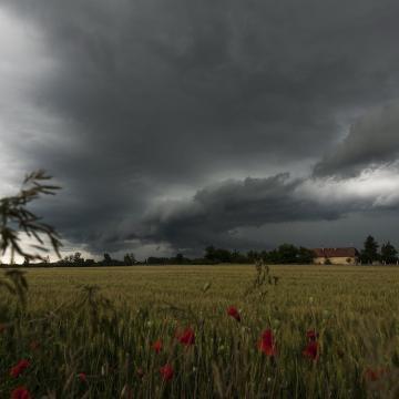 Újabb felhőszakadások várhatóak