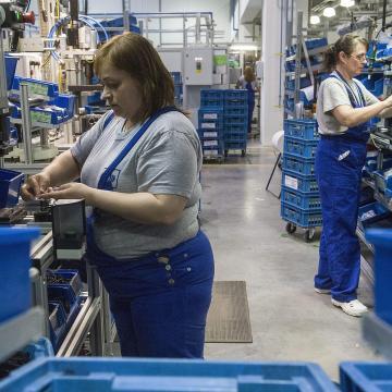 Nőtt a foglalkoztatottak száma május-júliusban