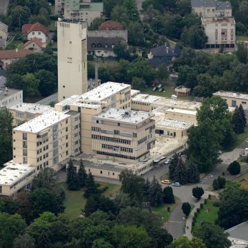 Több mint 3 millió forintot gyűjtött a siófoki kórház gyerekosztályának a Plázs