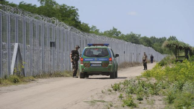 Polgárőrök segítik a rendőrség határvédelmi munkáját