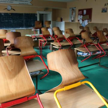 Elkezdődik az összes önkormányzati iskola állami átvétele