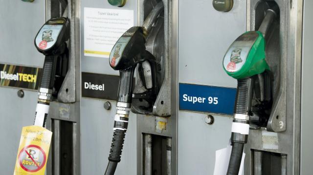 Emelkedik a benzin és a gázolaj jövedéki adója