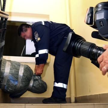 Emberölésért jogerősen tizenhat év fegyházra ítélték a miskolci masszőrnőt