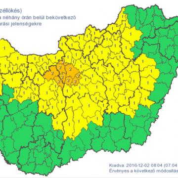 Riasztást adott ki a meteorológiai szolgálat Fejér megye több járására