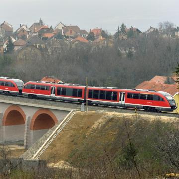 Több vasúti vonalon is meglepődhetnek az utasok