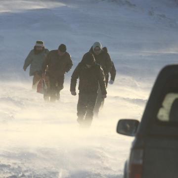 Riasztás szél és hófúvás miatt az ország legnagyobb részén