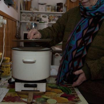 A fagyos idő miatt az E.ON nem kapcsolja ki az áramot a nem fizetőknél