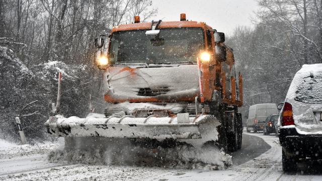 Elmúlt az ónos eső veszélye, helyette rengeteg hó hull