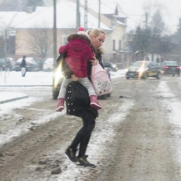 Hideg idő - OKF: havazás, ónos eső lassítja a közlekedést Békés és Borsod megyében is