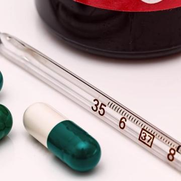 Megduplázódott az influenzás betegek száma - egyre több helyen van látogatási tilalom