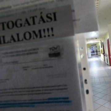 További kórházakban van látogatási tilalom