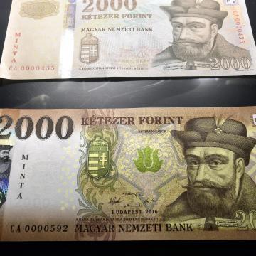 Két hét múlva kerül forgalomba az új 2000 és 5000 forintos bankjegy