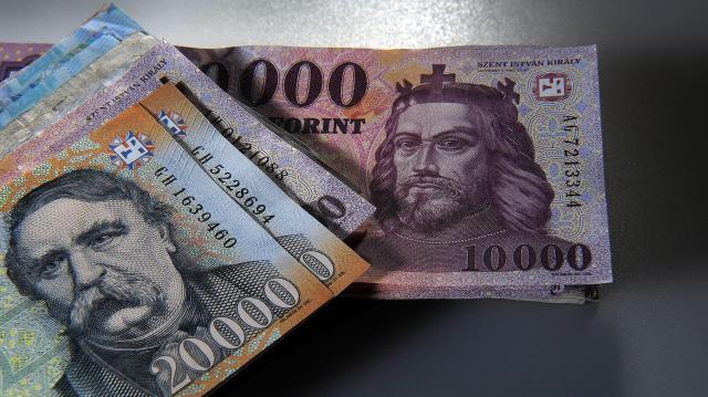 Sok pénzt lehet spórolni a megszűnő közigazgatási illetékeken
