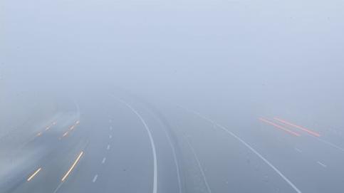 Sűrű ködre figyelmeztetnek szinte az egész országban