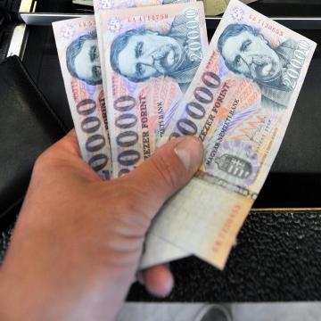 A térségben is átvertek boltosokat a három szlovákiai magyar csaló