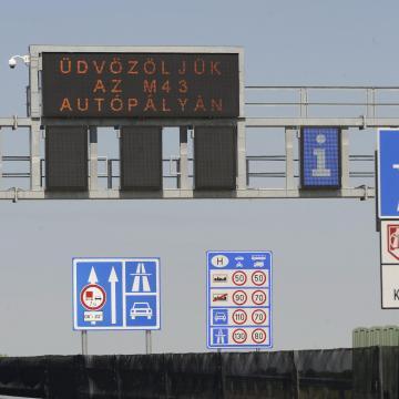 Odafigyelnek az autósok az e-matricák lejárati idejére