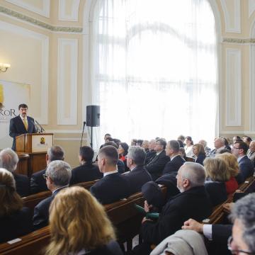Megnyitotta az Arany-emlékévet a köztársasági elnök
