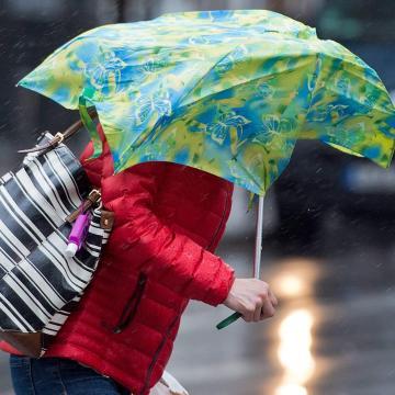 Borúsabb, esősebb idő várható a hétvégén