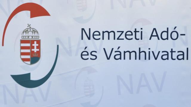 Az adóbevallások tervezetének ellenőrzését kéri a NAV az ügyfelektől