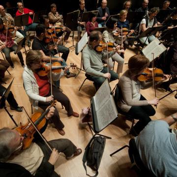 Csornára érkezik a Nemzeti Filharmonikusok Úton a zene sorozata