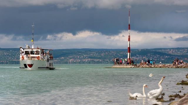 Tárgyalnának a tőkeemelésről a balatoni hajózásban érdekelt önkormányzatok