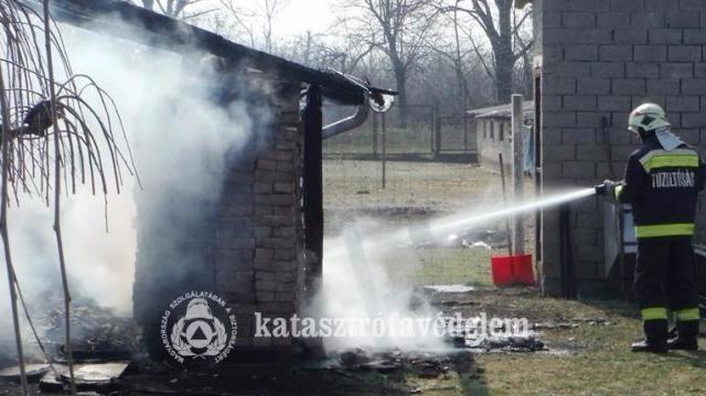 Rengeteg tüzet kellett oltani ezen a hétvégén Bács-Kiskunban