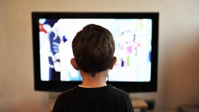 Nem szeretjük a műsort, mégis sokat tévézünk