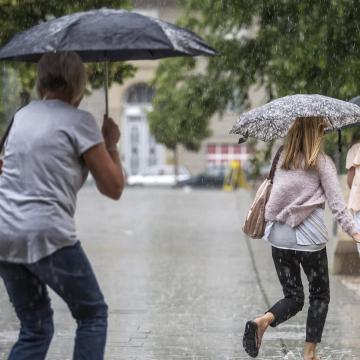 Többször várható zápor, zivatar a héten