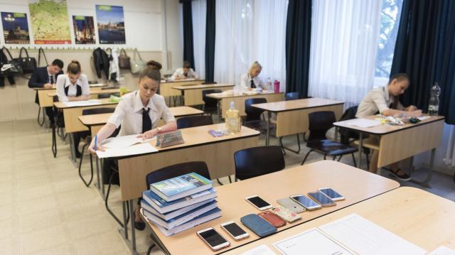 A német írásbelikkel folytatódnak pénteken az idegen nyelvi vizsgák