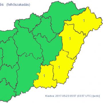 Citromsárga figyelmeztetés - A keleti megyékben szerdán felhőszakadások lesznek