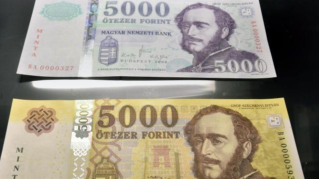 Augusztusig lehet fizetni a régi bankjeggyel