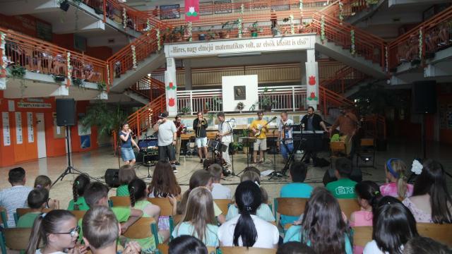 Koncert és vetélkedők az Összetartozás Napján Érden