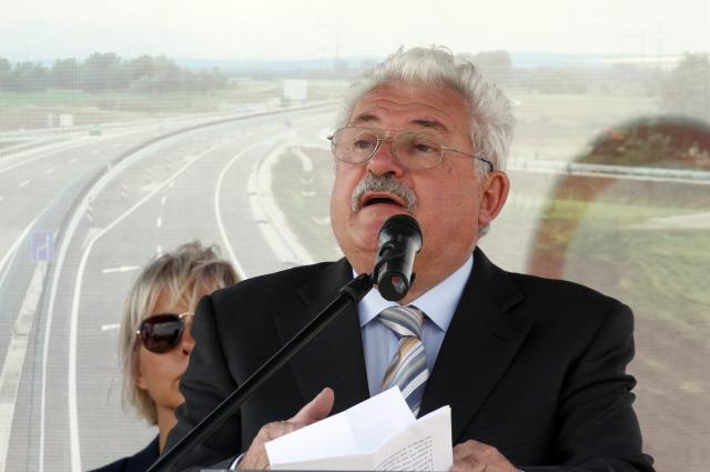 Mintegy 4000 milliárd forint jut 2022-ig infrastruktúrafejlesztésre