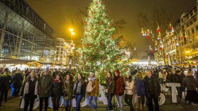 Dönthet a nép december 24-ről - Munkaszüneti nap lehet karácsony előestéje