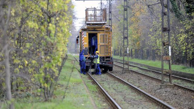 Vihar - A Kaposvár-Siófok vasútvonalon is problémákat okozott a rossz időjárás