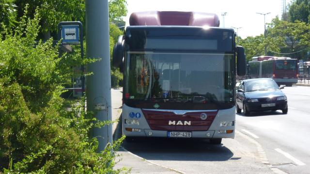 Érvénybe lép a szünidős buszmenetrend