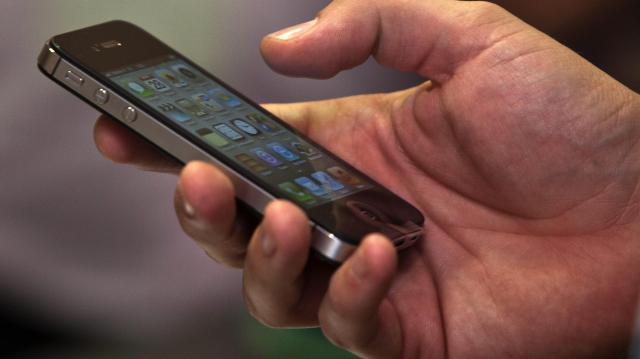Mától nincs roaming díj - Az EU országaiban is annyiért telefonálhatunk, mint itthon