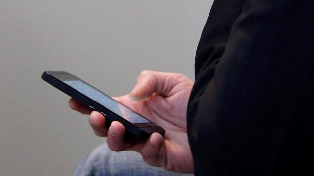 Megszűntek a roamingdíjak az EU-n belül