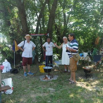 Halászléfőzős családi nap az érdi Duna-parton