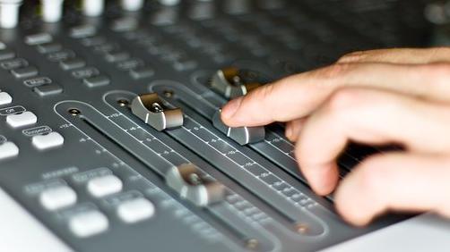 Hallgatottságban vezet a Petőfi és a Kossuth rádió