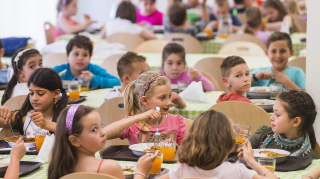 A jegyzőnél még igényelhető a nyári gyermekétkeztetés