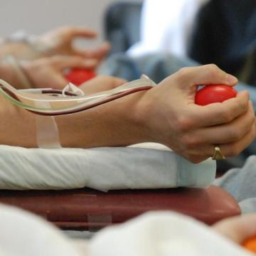 Kedvezményt kap, aki vért ad a könyvtárban
