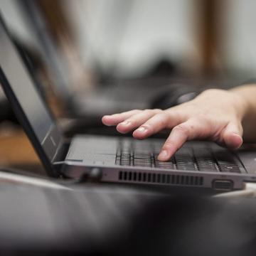 Egyre több a nethozzáférés az országban, de nagyok a régiós különbségek