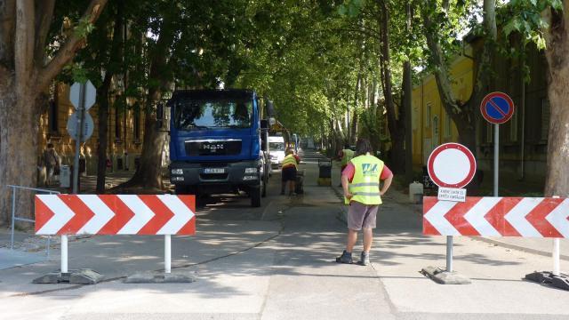 Kerékpárosokat és autósokat is érintenek a közlekedési változások