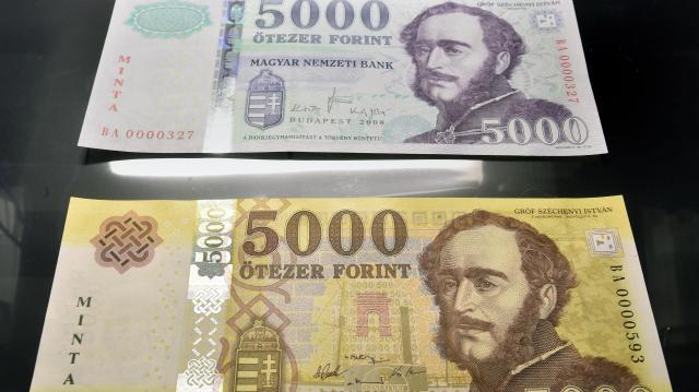 Érdemes benézni a párna alá: ma lehet utoljára fizetni a régi 2000 és 5000 forintosokkal