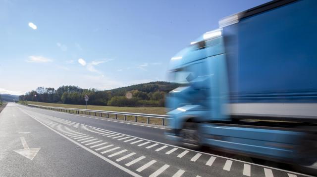 Indul a fokozott közúti áruforgalmi ellenőrzés