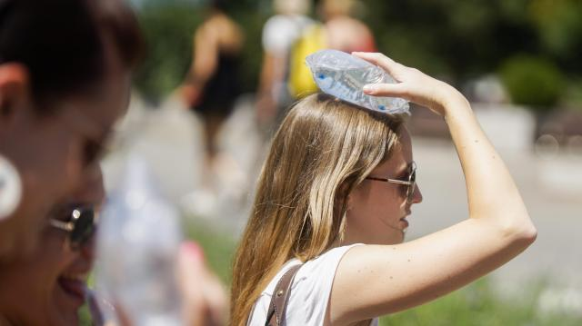 Már négy megyére szól a legmagasabb fokú hőségriasztás