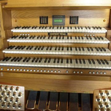 Hűsítő orgona programok tizenhat városban